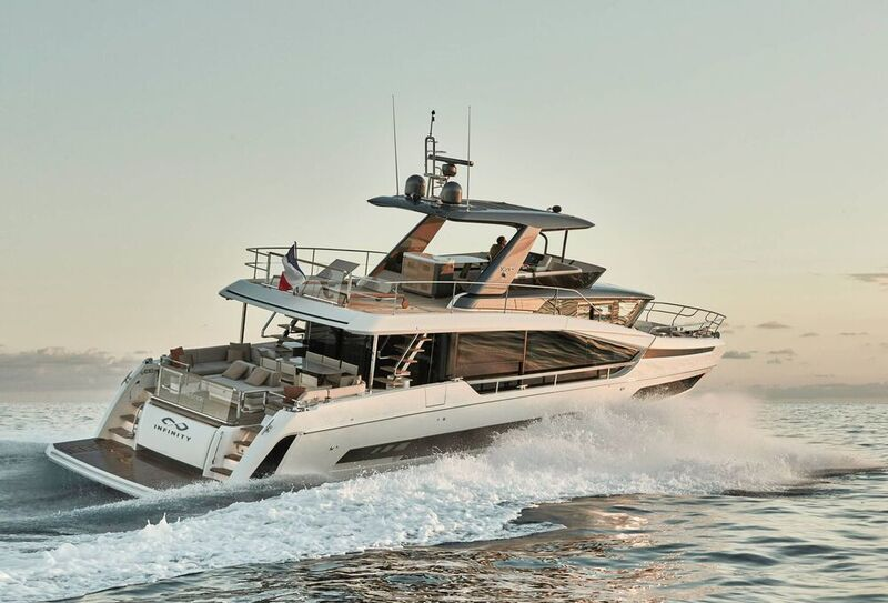 NEW 2021 ➳ PRESTIGE Yacht REVOLUTIONNE L'ART DE VIVRE LA MER